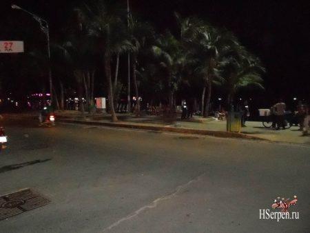 Pattaya Beach Road - улица ночных бабочек