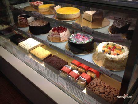 Где в Паттайе поесть сладостей-пирожных?