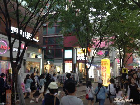 Добровольные помощники на улицах Сеула