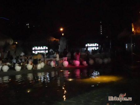 Пенные вечеринки в отеле Hard Rock Hotel Pattaya 4*, Паттайя, Таиланд