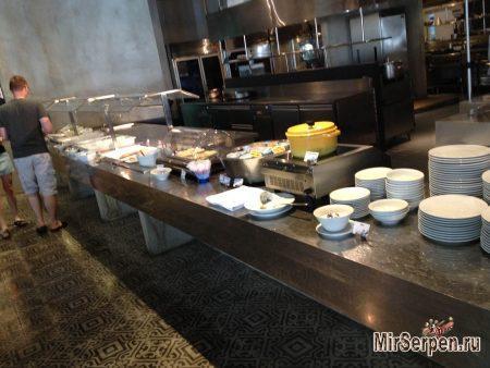 Еда в отеле Hard Rock Hotel Pattaya 4*, Паттайя, Таиланд