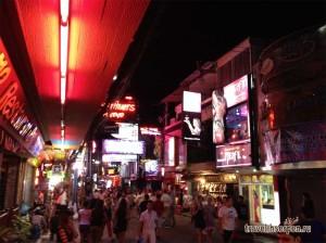 Мифы о Таиланд: Количество клиентов у девушек из go-go баров