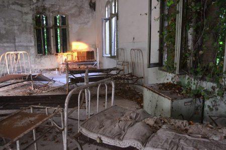 Остров чумы - Повелья, Италия