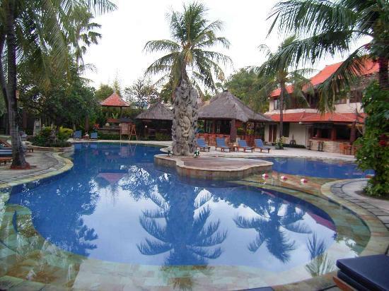 Три хороших семейных отеля на Бали, Индонезия