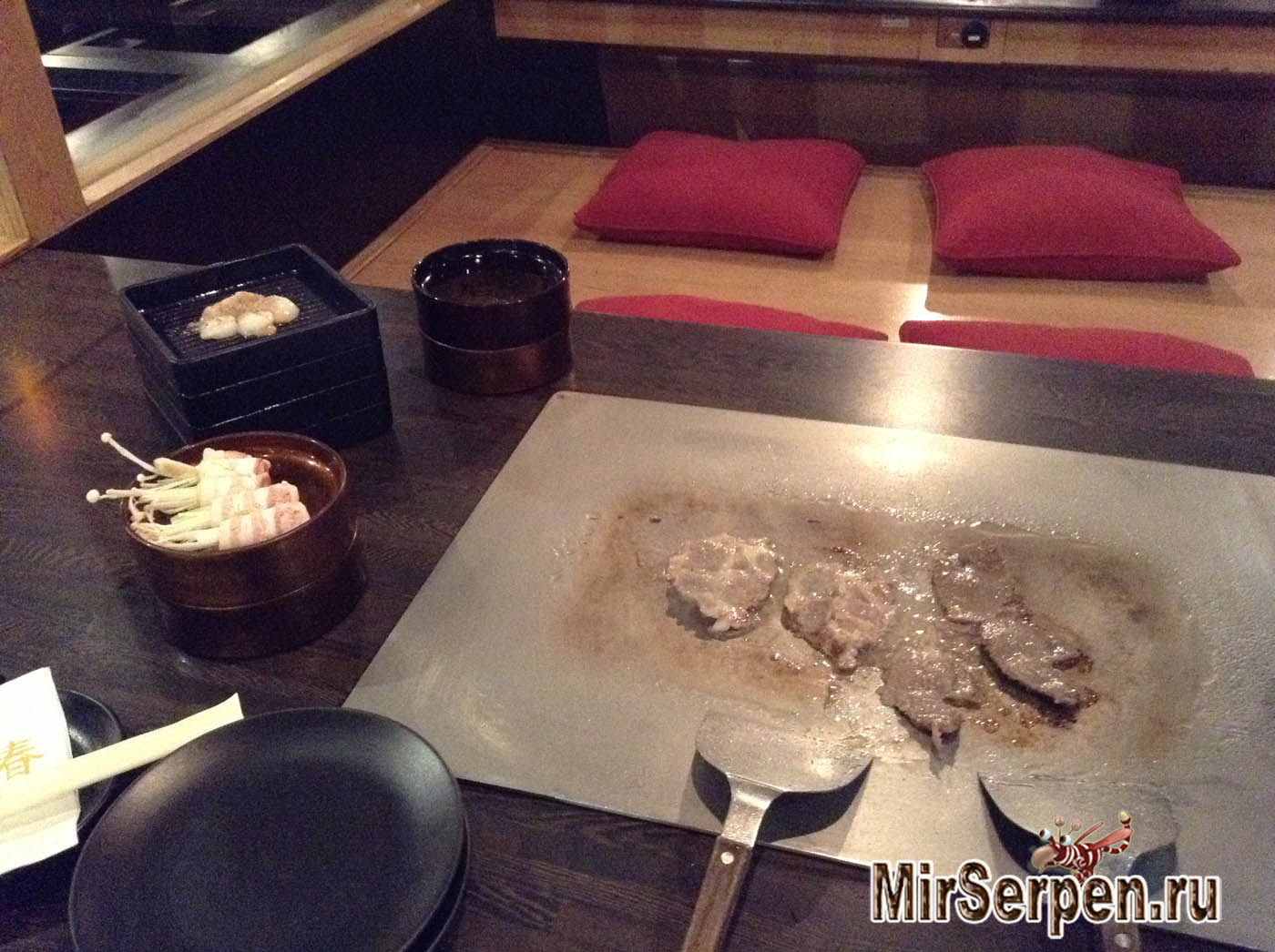 Азиатский формат ресторана: Платишь и готовишь сам