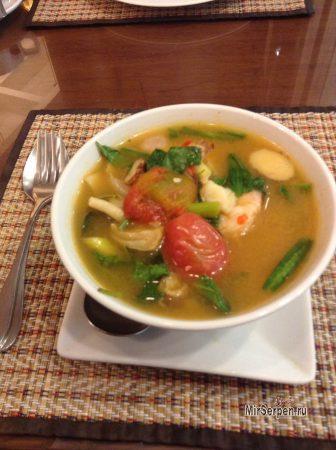 Я реально съел это: Суп Том-Ям в Таиланде