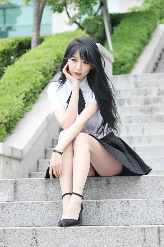 О длине юбок у корейских девушек