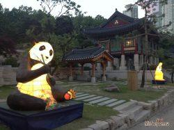 Фото дня: Храм Bongeunsa, Сеул, Южная Корея