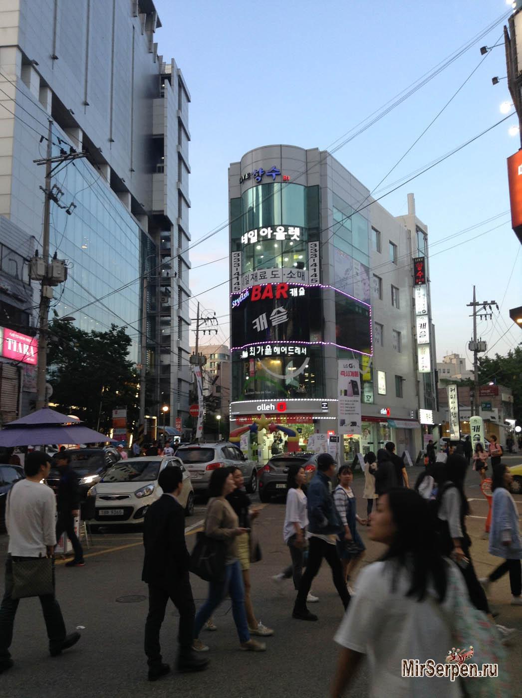 В какой стране живет окружающий мир с точки зрения корейца?